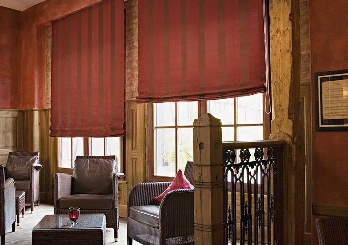 raffrollos egal aus welchem material begeistern auch sie engstler ihr raumdesigner. Black Bedroom Furniture Sets. Home Design Ideas