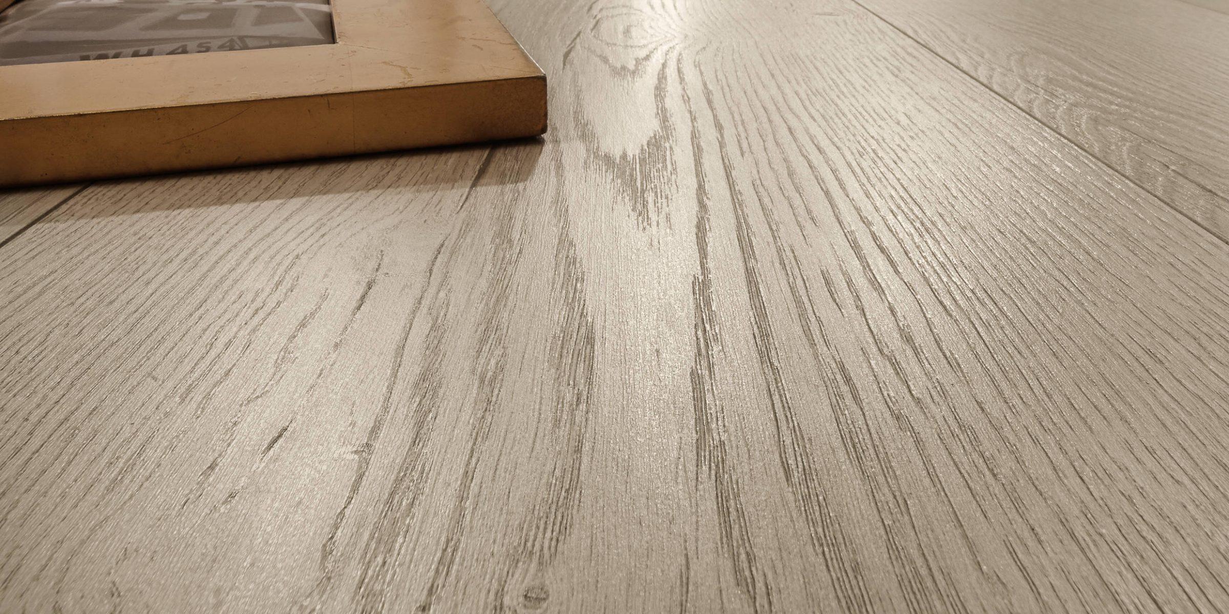 Behaglich und warm - Holzboden und Parkett von Ihrem Meisterbetrieb Engstler.