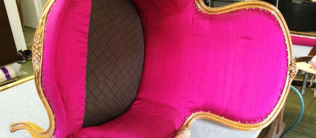 Wir polstern und restaurieren Ihre Liebelingsmöbel. Raumdesign Engstler Leutkirch im Allgäu.