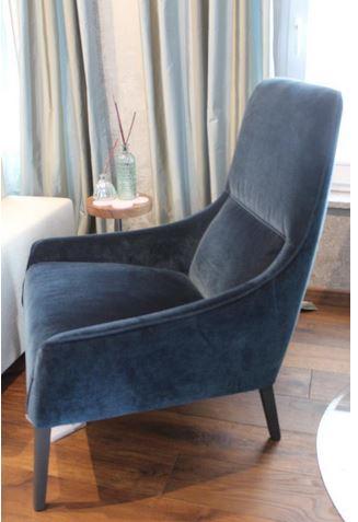 ligne roset long island sessel. Black Bedroom Furniture Sets. Home Design Ideas